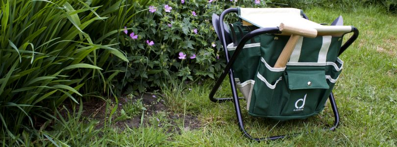 garden review tool and stool set