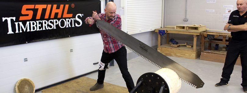 Sawing_Big_Log_Timbersports