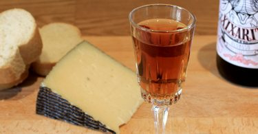Oloroso sherry paired with cheese