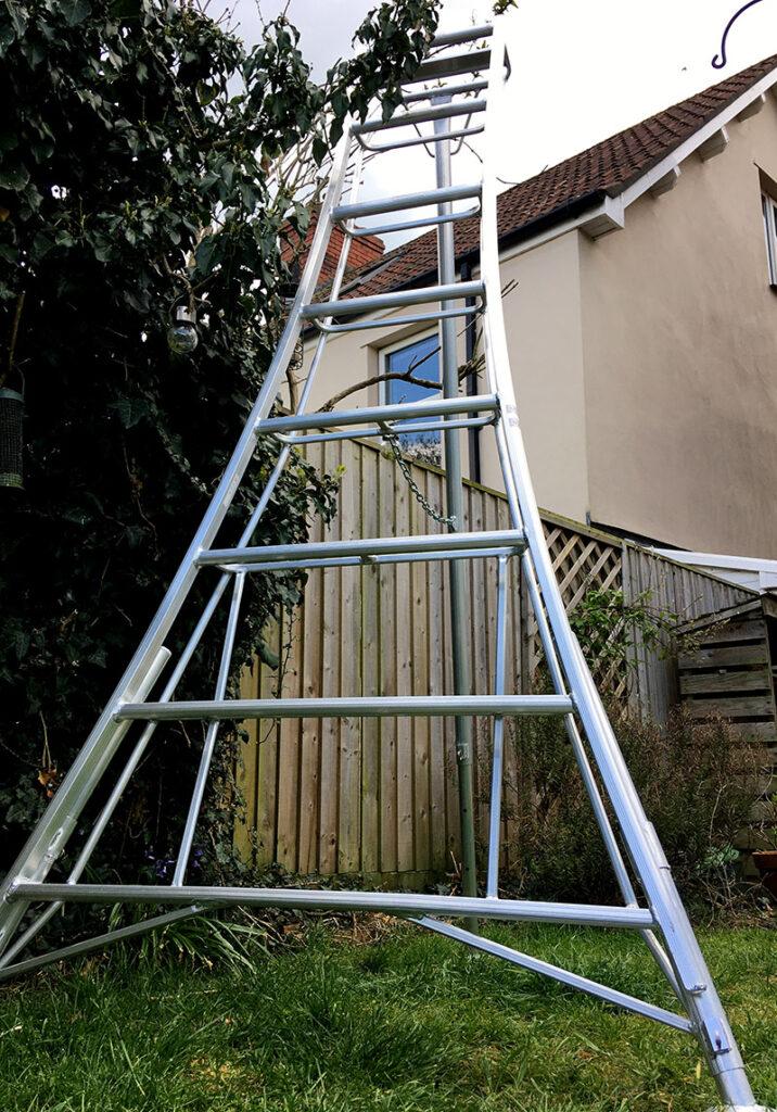 Three legged ladder